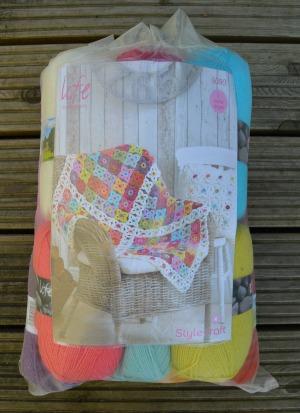 Stylecraft Life Dk Crochet Blanket Kit Including Free Pattern 9090